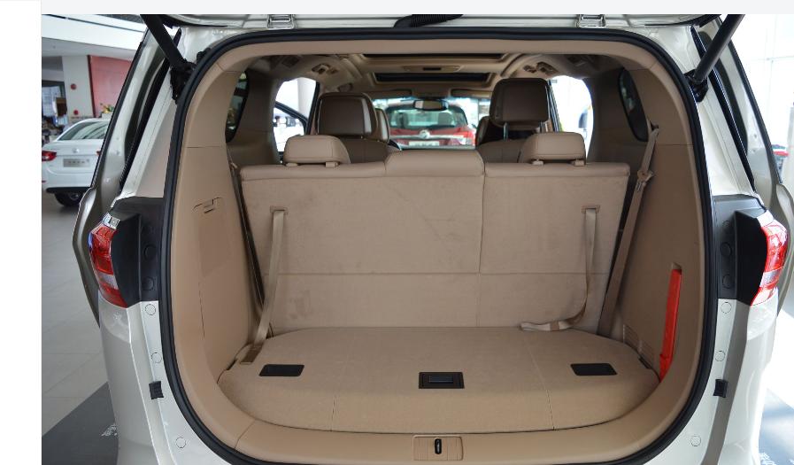 新款别克GL8更加商务化租车价仅需950元/天