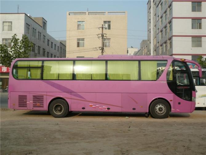 北京宇通客车45+1+1座位出租