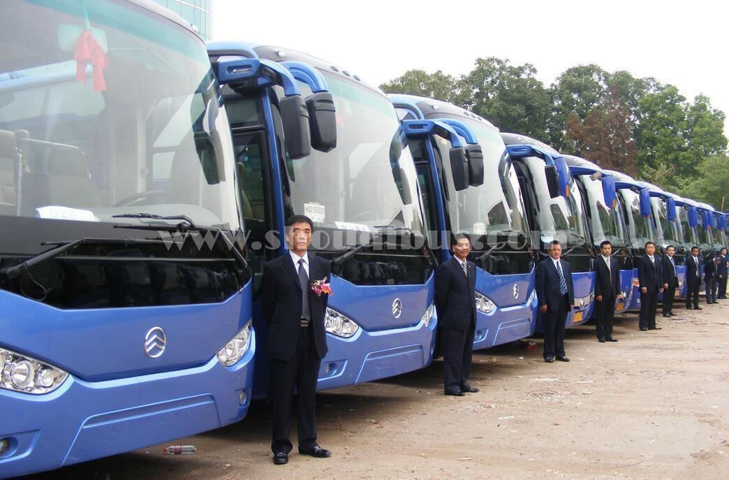 北京租50人大巴车接站一次多少钱?