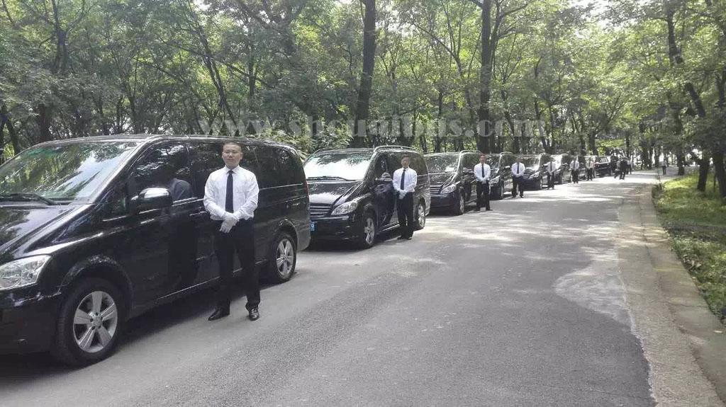 北汽集团7座奔驰唯雅诺商务租车