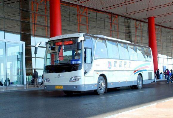 北京租大巴车机场接送费用怎么收?