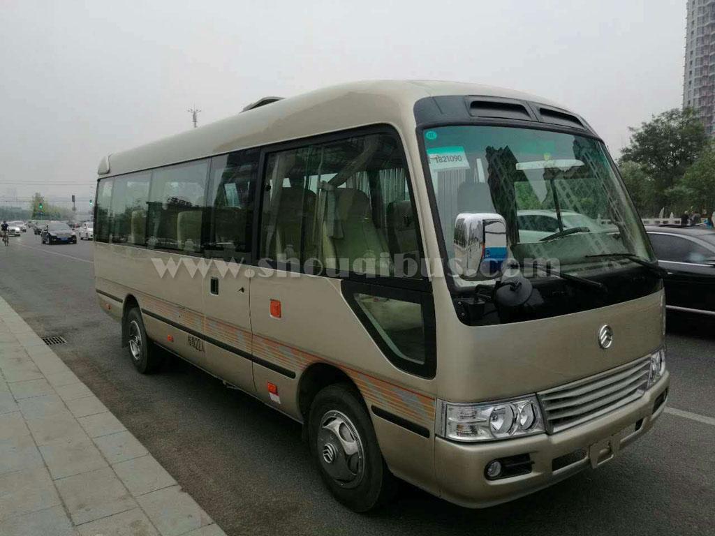 北京商务车包车带司机需要费用多少钱?