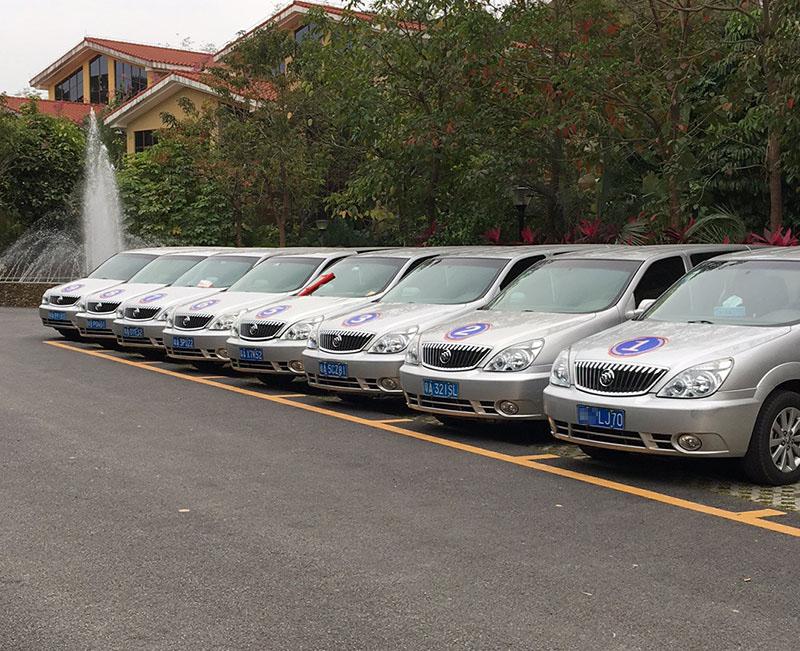 北汽别克商务GL8(6座)租车价格