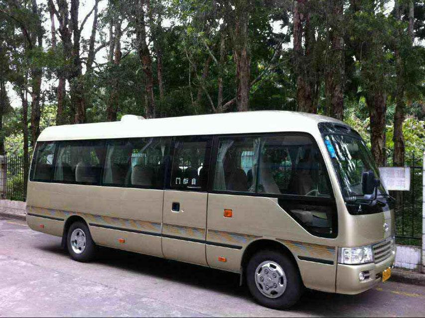 北京首汽公司推荐中巴车辆-18座丰田考斯特