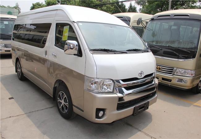 北京15座中巴包车带司机接送价格