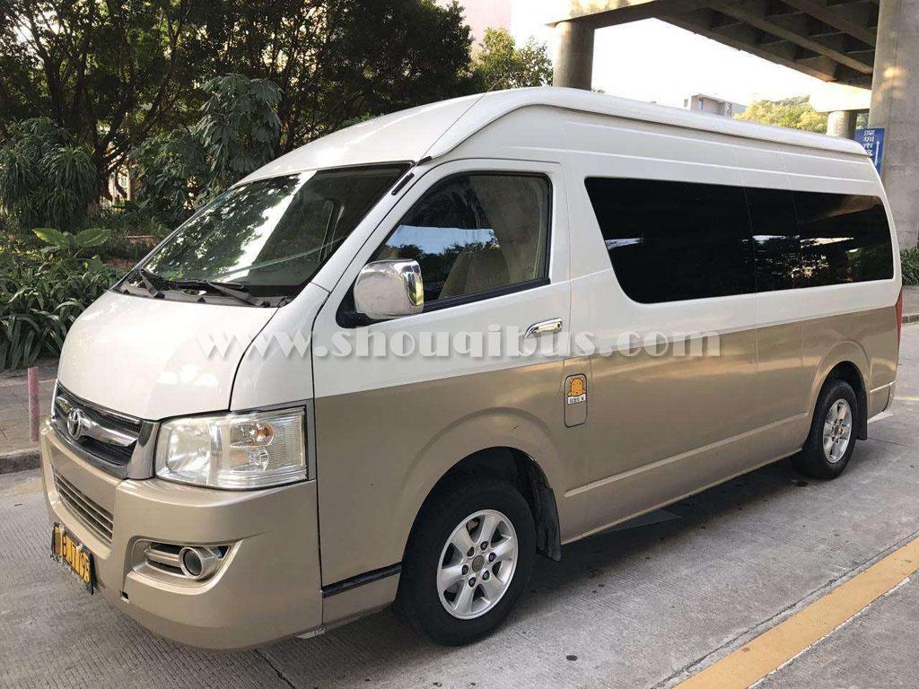 北京租车13座价格,带司机租车13座一天多少钱?