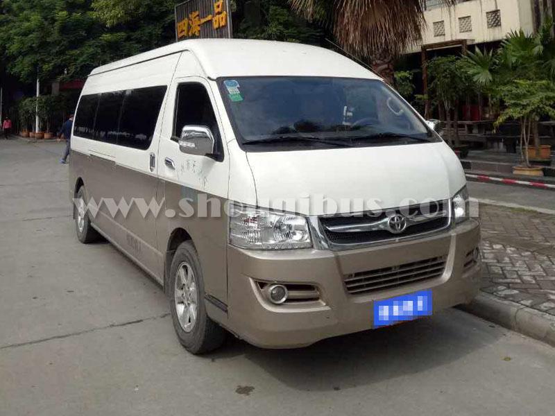 北京首汽约车包车:15-18座丰田海狮