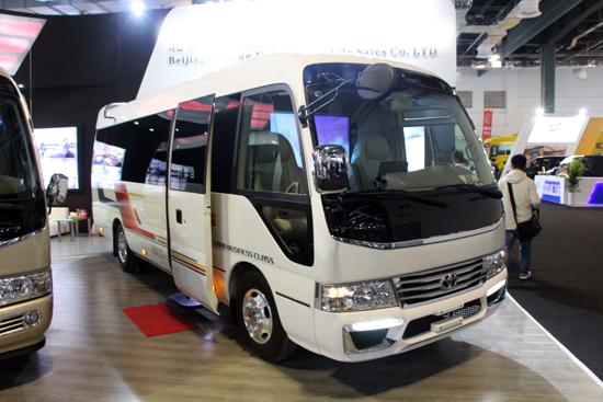 首汽旅游车公司中巴车型:22座丰田考斯特