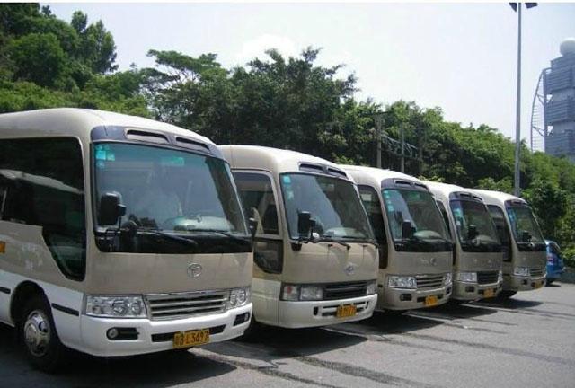 北京首汽旅游车中巴车:21座丰田考斯特