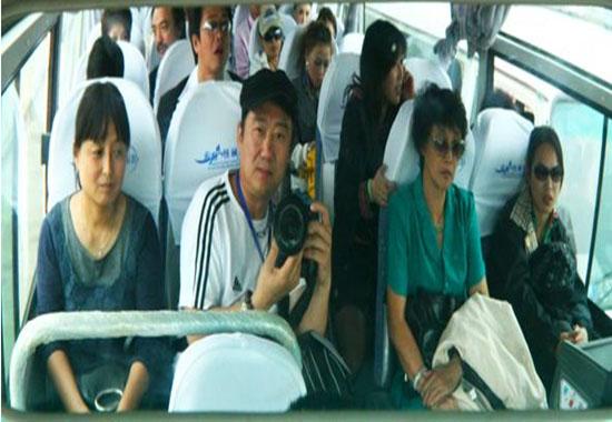 北京33人接站+市内一日游包车(35座中巴)