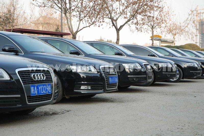 北京带师傅租车包一天多少钱?