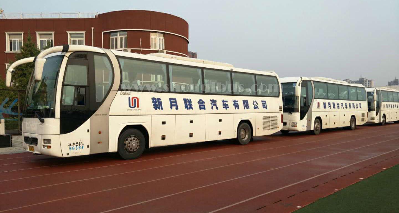 北京新月大型客车:51座宇通曼MAN大巴车