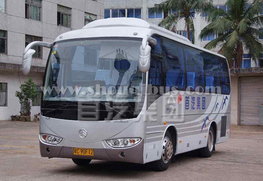 首汽37座中巴车:金旅XML6700C