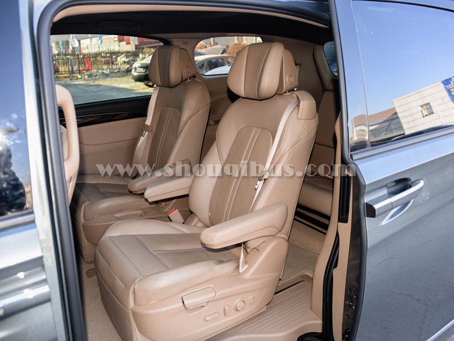 首汽豪华商务车:7座新款别克GL8 ES商务车