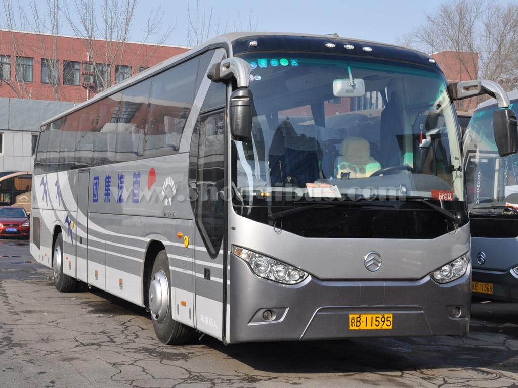 50座大巴车:金旅大型客车