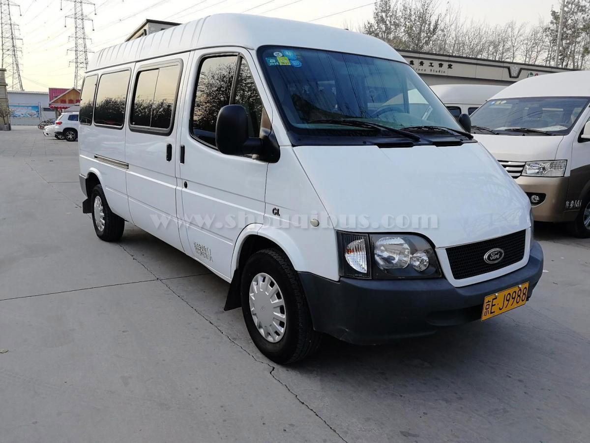 福特全顺新世代17座租车价格日租800元元接送机500